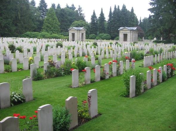 Commonwealth war graves at Hamburg Cemetery
